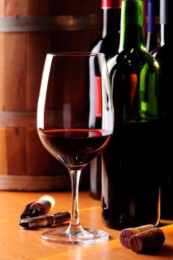 cropped-vinho-e-tac3a7a.jpg