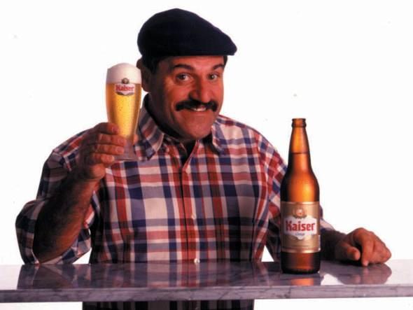 scrotos-breja-e-ressaca-que-fim-levou-o-baixinho-da-kaiser-cerveja-propaganda