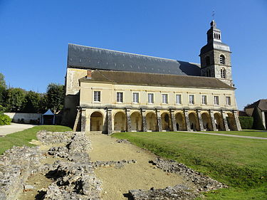 Vestiges-Abbaye-Hautvillers.JPG